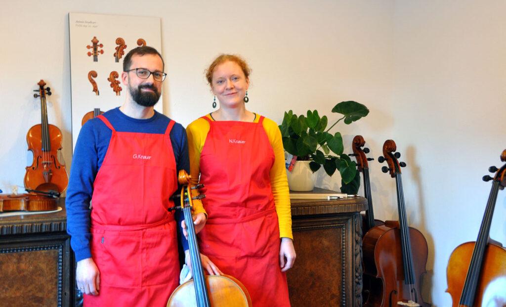 Geigenbaumeister Georg und Nadine Knauer suchten einen attraktiven Standort und fanden ihn in Osnabrück. Foto: Sina-Christin Wilk