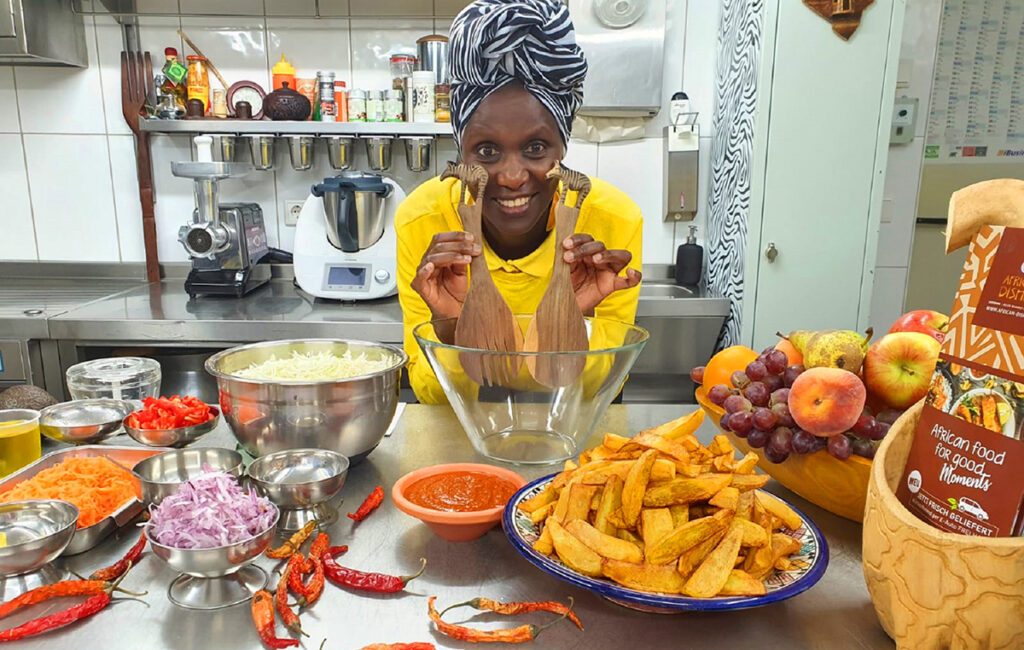 Helen Nintemann serviert in Osnabrück Köstlichkeiten ihrer Heimat und sorgt nicht nur für die kulinarische Völkerverständigung. Fotos: Sina-Christin Wilk