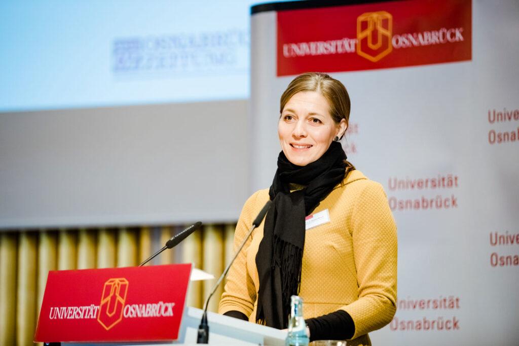 Susanne Menzel-Riedl ist seit 2019 Präsidentin der Universität Osnabrück