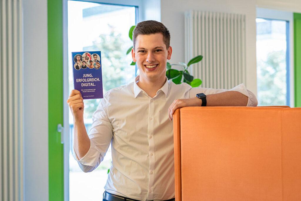 Nicht nur Unternehmer, sondern auch bereits Buchautor: Henning Hünerbein.