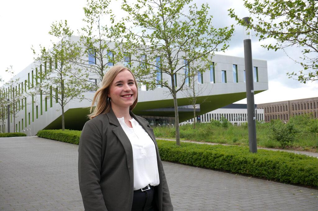 Hannah Gensink studiert Wirtschaftspsychologie an der Hochschule Osnabrück.